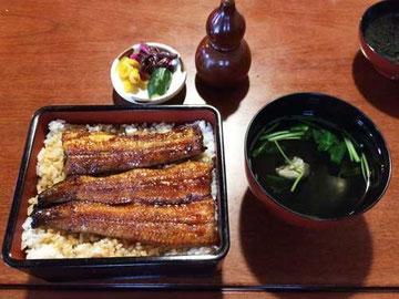 東京でも食べられるレベルだとと相方評価、肝吸いは絶品