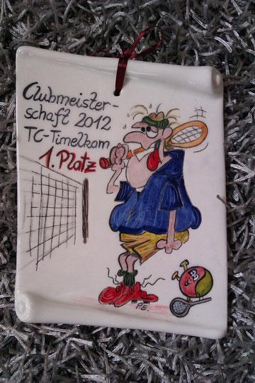witzige Keramik- Schriftrolle, ein toller Preis für Tennisspieler!