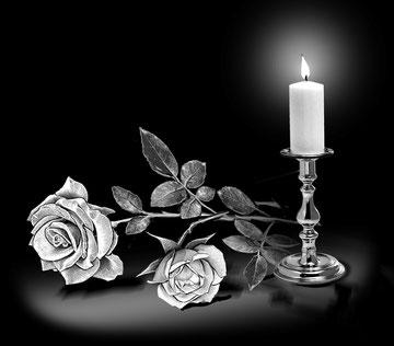 Розы со свечёй