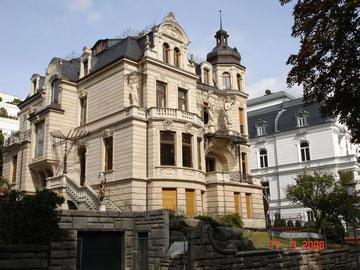 Dans les quartiers chics à Wiesbaden!