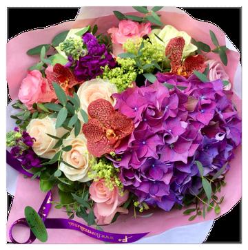 mixed colour | ぎゅっと詰まったタイプの可愛いブーケです。ピンクパープルと淡いオレンジのミックス