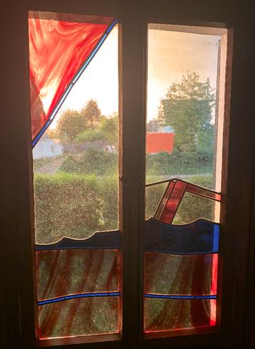 """Fritz H. Lauten: Glasfenster im Künstleratelier des """"Roten Hauses"""" in Solingen"""