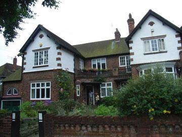 Houses on Swanshurst Lane near Swanshurst Park