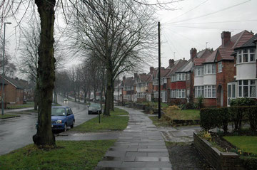 Hall Green semi-detached houses. Image by Erebus555 on Wikipedia, licensed under Creative Commons Attribution-ShareAlike 3.0 License.