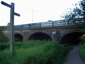 Bacons End Bridge, Grade II Listed, carries the Chester Road over the River Cole. This originally medieval bridge was remodelled in 1764, 1925 and 1970.