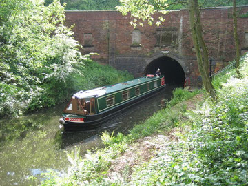 Brandwood Tunnel. © Copyright David Stowell and licensed for reuse under a Creative Commons Licence. Geograph OS reference SP0679 - see Acknowledgements for a direct link to that website.