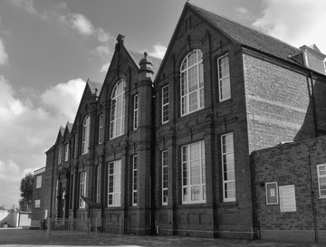 Cotteridge School. Photograph from flickr, All Rights Reserved, reused with the kind permission of Julia Tomkins. See Acknowledgements.