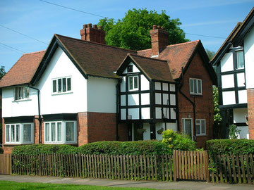 Childhood home of JRR Tolkien, 5 Gracewell Road, now 264 Wake Green Road. Image by oosoom on Wikipedia reusable under GNU Free Documentation License.