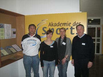 Von rechts: Peter Ibrom, Anni Depping, Claudia Heyn und Manfred Wille während des NVV-Jugendkongresses