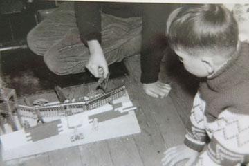 So sahen 1962 Kinder die Berliner Mauer