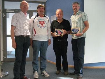 Gruppenbild mit Präsident: Andreas Bahlburg, Jürgen Berkle, Manfred Wille und Jan-Dieter Warntjen (von rechts)