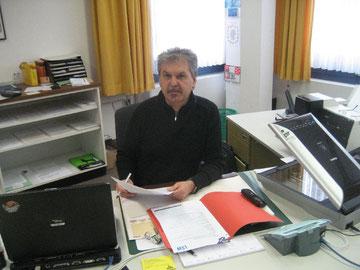 Detlef Spitzer betreut die städtische Sprechstelle