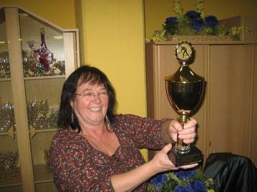 Na endlich: Strahlendes Lächeln bei Mütterzentrum-Chefin Elisabeth Streich