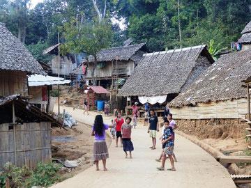 Landsby af Karen folket
