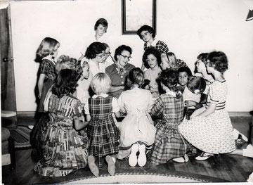 Mrs. Hubbard and Children, Date Unknown