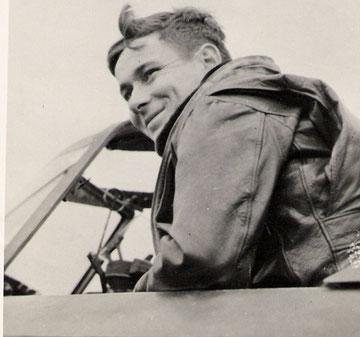 Major John W. Leonard 405th FSqdn-1944 (Photo courtesy Higgins Family Collection)