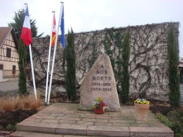 Monument for the Meyenheim fallen in the town center