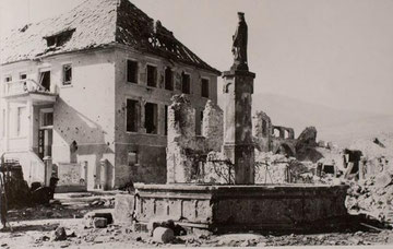 Place d'Eglise with the old school where Major Vonalt fought with his men until he abandoned it with his last 35 soldiers at 06.00 P.M Dec. 27, 1944 (Photo courtesy Les sociétés d'histoire d'Ammerschwihr, de Kaysersberg, de Kientzheim et de Sigolsheim)