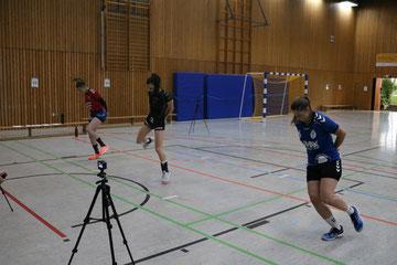 1. TuS Handballdamen im Test