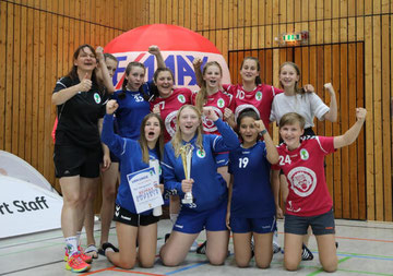 Der Pokal blieb bei den C-Mädchen von Königsdorf