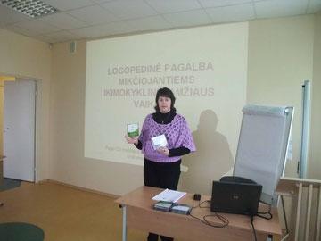 Seminarą vedė Pedagoginės psichologinės tarnybos logopedė metodininkė Andromeda Baršauskienė.