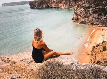 Ausblick auf den Praia do Beliche in der Nähe des Kaps
