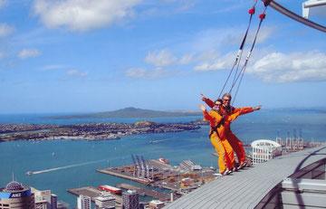 Auf dem Fernsehturm in Auckland 192m ü.NN