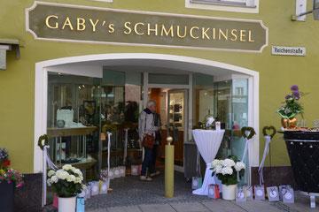Das neue Juweliergeschäft in der Hutergasse/Ecke Reichenstraße