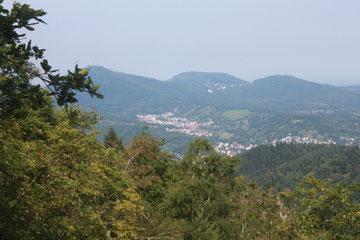 Blick beim Lautenfelsen in Richtung Gernsbach, Staufenberg