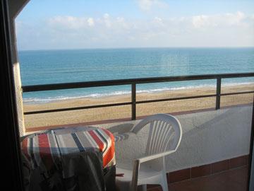 Location Espagne Peniscola Parking Air Conditionné Climatisation WIFI face mer plage et château