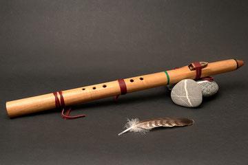 Flöte aus Zedernholz, Ton Cis