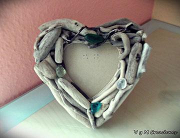 portafotos madera de mar, maderasdelmar.com, madera de mar, marco fotos corazón, corazon madera