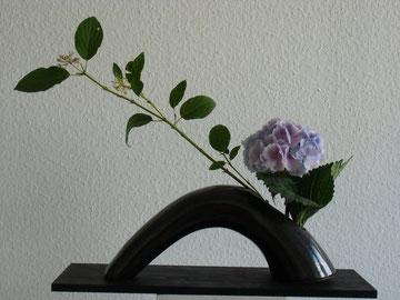 "Hortensie in Keramik""Brücke"""