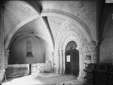 Avant nef de l'église début XX°S source base Mémoire MH
