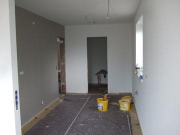 """Graue Wand in der Küche, Farbton """"Stone"""""""