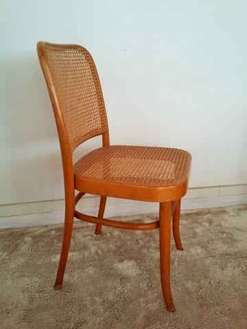 Chaise cannée vintage Thonet