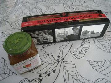生徒さんより、イタリアのお土産を頂きました。ジャムとパスタ!