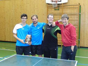 Die siegreiche Mannschaft des TVE I von links nach rechts: Andreas Bibak, Oli Sponsel, Clemens Andresen, Heiner Kressmann