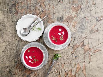 Rote Rüben-Apfel-Suppe
