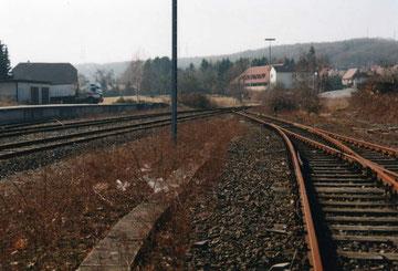 Von Gleis 3 in Richtung Weine