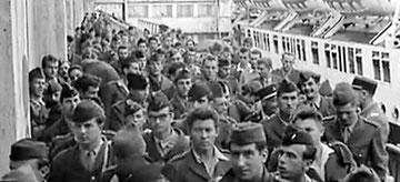 Embarquement des appelés pour l'Algérie