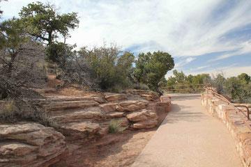 Foto: Weg am Rim des Canyon de Chelly