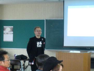 山口貴志中央講師(福岡)を招いて、宮崎県理容組合の延岡支部講習が開催された(2018.3.5)