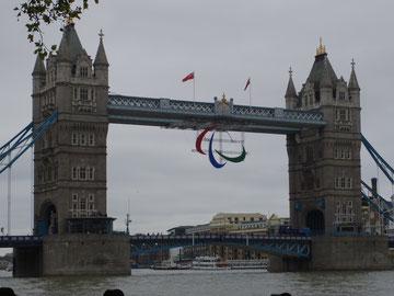 ロンドン、タワーブリッジ