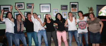 Die Damen 30 feierten nach ihrem letzten Spiel der Medenrunde auch die Meisterschaft der Damen 40.