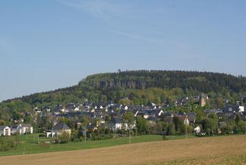 Scheibenberg mit Orgelpfeifen und Aussichtsturm