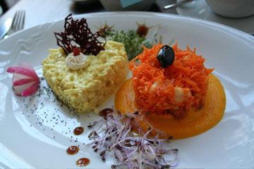 Cauliflower Curry with Carrot Raita