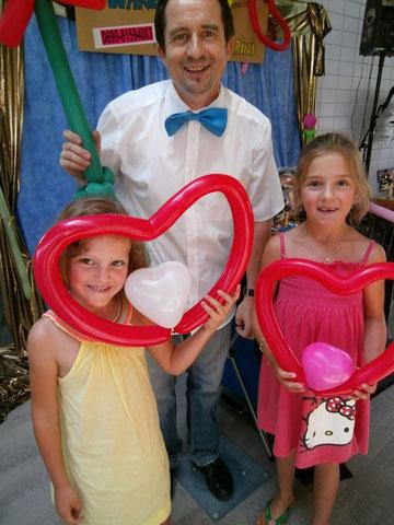 Die jungen Ladies und die Balloonherzen....