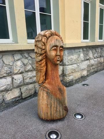Ladie Fish, Skulptur von Kalina Pavlova, Symposium 2017