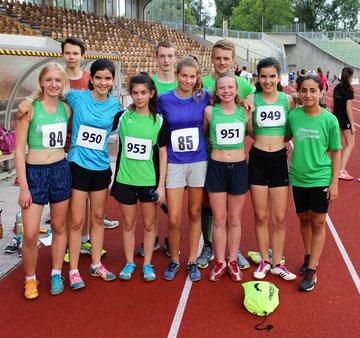 Die Schüler und Jugend mit Trainer Felix Luckner